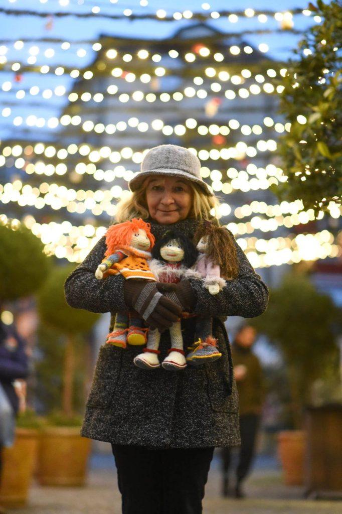Веселина Божилова: Чувствам се като акушерка в родилен дом за кукли